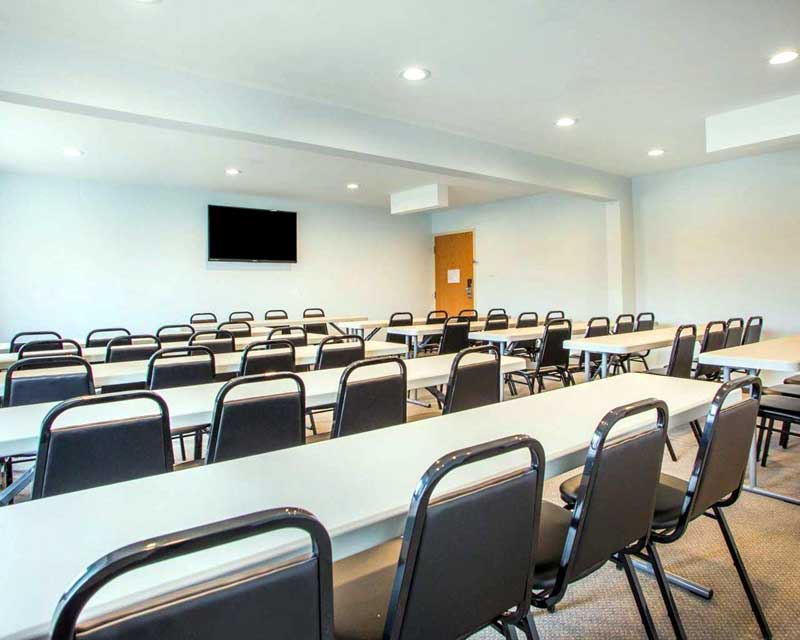 Meeting Room Amenities Hotels Motels Amenities Newly Remodeled Free WiFi Free Continental Breakfast Quality Inn and Suites Worthington Columbus OH * Reasonable Affordable Rates Amenities Hotels Motels Lodging Accomodations Great Amenities Columbus Ohio