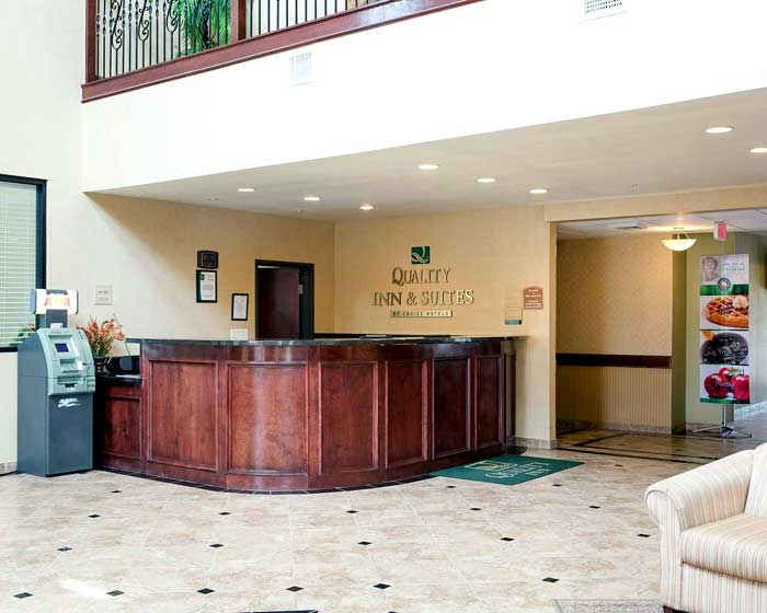 Free WiFi Free Truck Parking Hotels Motels Amenities Newly Remodeled Free WiFi Free Continental Breakfast Quality Inn and Suites Houston NASA La Porte TX Reasonable Affordable Rates Amenities Hotels Motels Lodging Accomodations Great Amenities La Porte Te