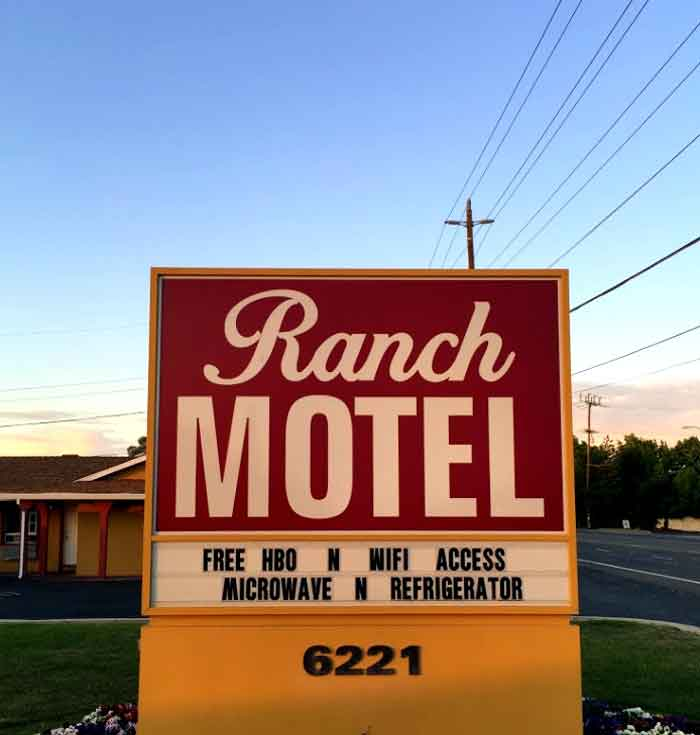 Dront of Hotel Ranch Motel Budget Pet  Friendly