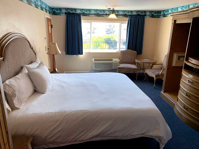 Room Budget Affordable Lodging Ocean Views