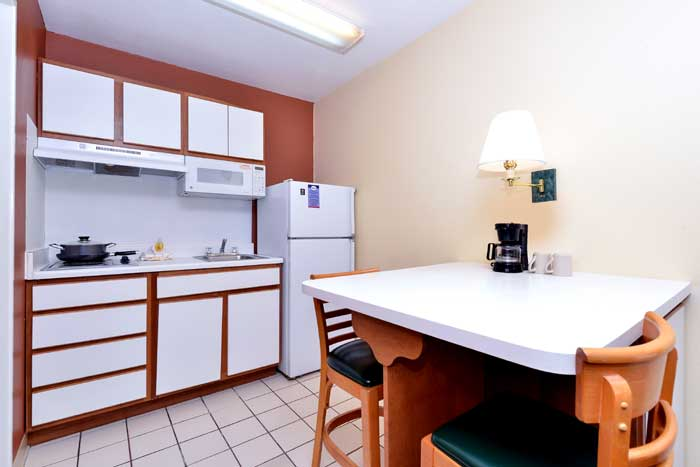 Kitchenette Business Travelers Families Budget