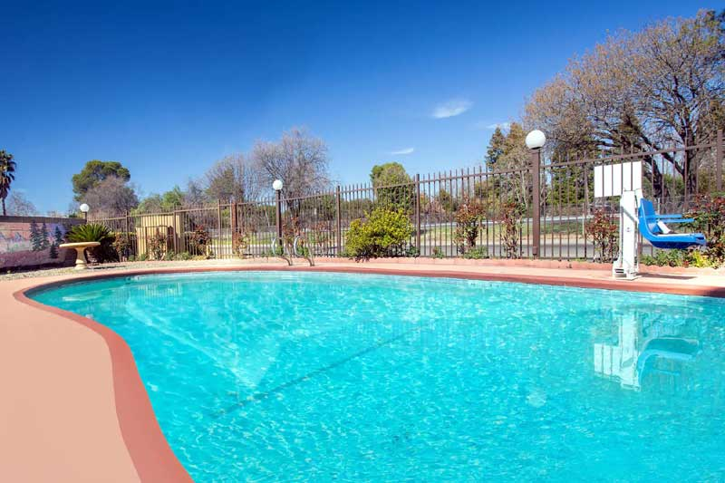 Seasonal Outdoor Pool Super 8 Chico California