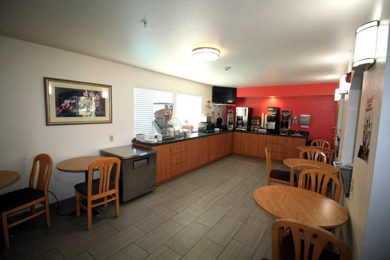 Super Start Continental Breakfast Free Super Hotels Amenities Cloverdale california * Super 8 Newly Constructed Hotels Lodging