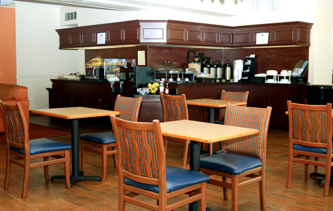 Free Hot Continental Breakfast Fitness Center Business Center Hotels Motels Lodging Clarksville TN