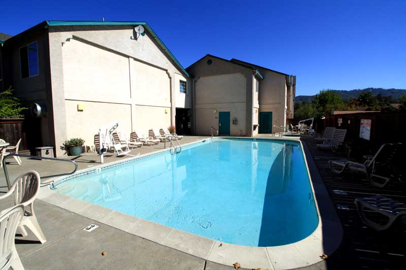 Pool and Spa Hotels Motels Amenities Newly Remodeled Free WiFi Free Continental Breakfast Wine Country Inn and Suites Cloverdale CA Reasonable Affordable Rates Amenities Hotels Motels Lodging Accomodations Great Amenities Cloverdale California