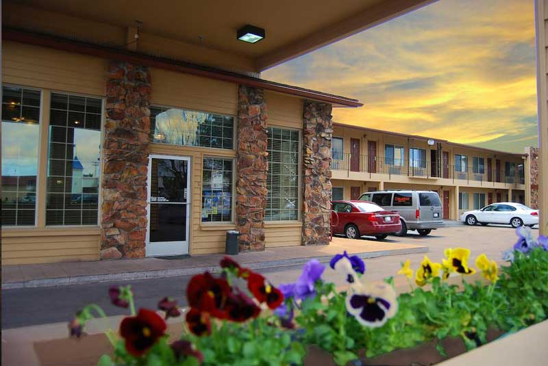 Budget Affordable Lodging Cheap Cimarron Inn Klamath Falls Oregon