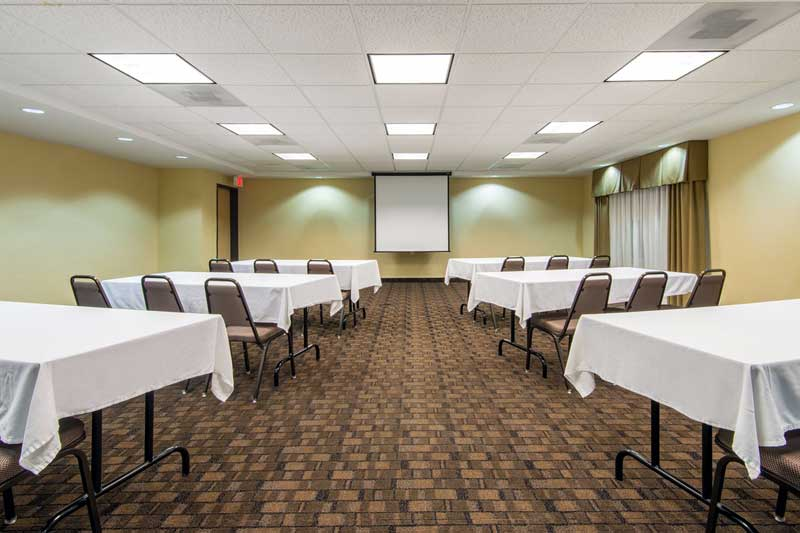 Meeting Room Hotels Motels Amenities Newly Remodeled Free WiFi Free Continental Breakfast Holiday Inn Express & Suites El Dorado KS Reasonable Affordable Rates Amenities Hotels Motels Lodging Accomodations Great Amenities El Dorado Kansas