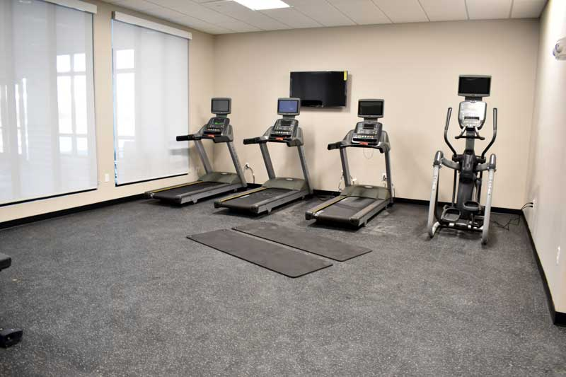 Fitness Hotels Motels Amenities Newly Remodeled Free WiFi Free Continental Breakfast Holiday Inn Worlds of Fun Northeast Kansas City MO Reasonable Affordable Rates Amenities Hotels Motels Lodging Accomodations Great Amenities Kansas City Missouri
