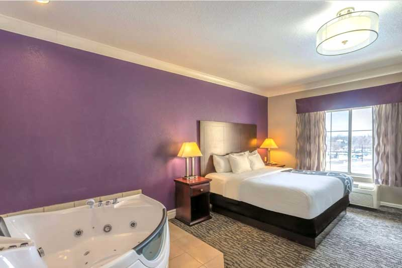 2 Queen Bed Suites Budget Affordable Lodging Hotels Motels La Quinta Inn Loveland Colorado