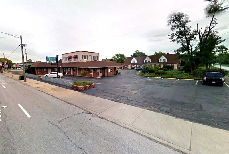 Free WiFi Parking Hotels Motels Amenities Newly Remodeled Free WiFi Free Continental Breakfast Plaza Motel Cleveland Wickliffe OH Reasonable Affordable Rates Amenities Hotels Motels Lodging Accomodations Great Amenities Wickliffe Ohio
