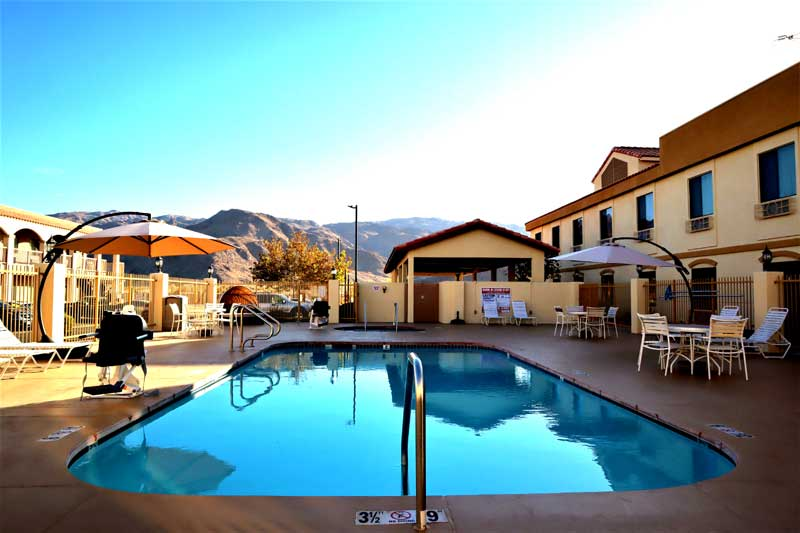 Pool Hotels Motels Amenities Newly Remodeled Free WiFi Free Continental Breakfast Rodeway Inn and Suites Joshua Tree Twentynine Palms CA Reasonable Affordable Rates Amenities Hotels Motels Lodging Accomodations Great Amenities Twentynine Palms Califo